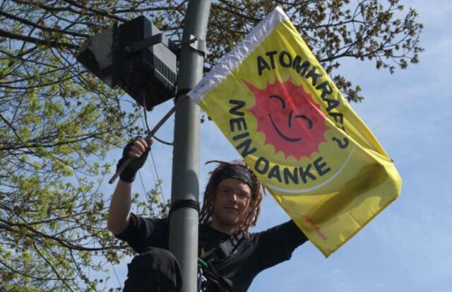 Protest gegen Atomkraft - Atomausstieg weltweit gefordert