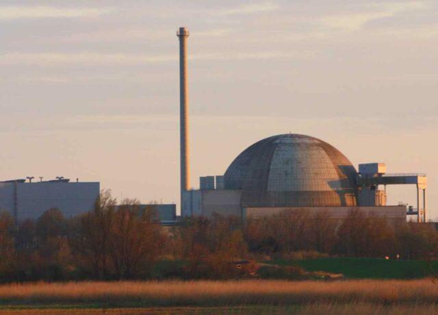Atomkraftwerk Unterweser: Sonne geht unter für Kernkraft - Atomausstieg läuft