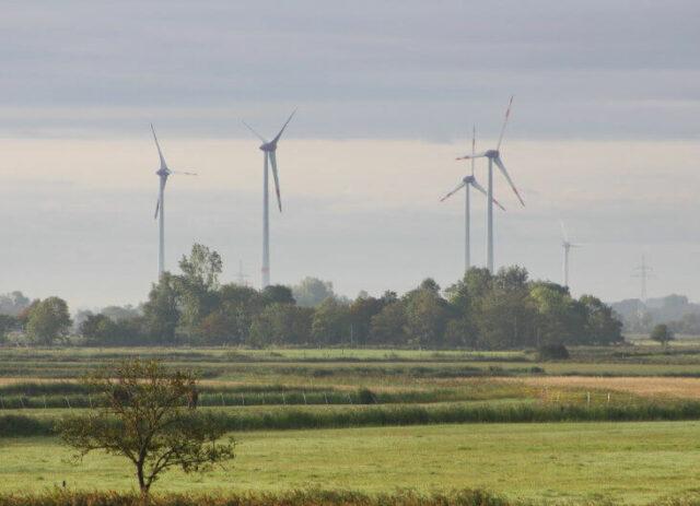 Beteiligung von Enercon an Ökorenta in Aurich: Windkraft im Norden