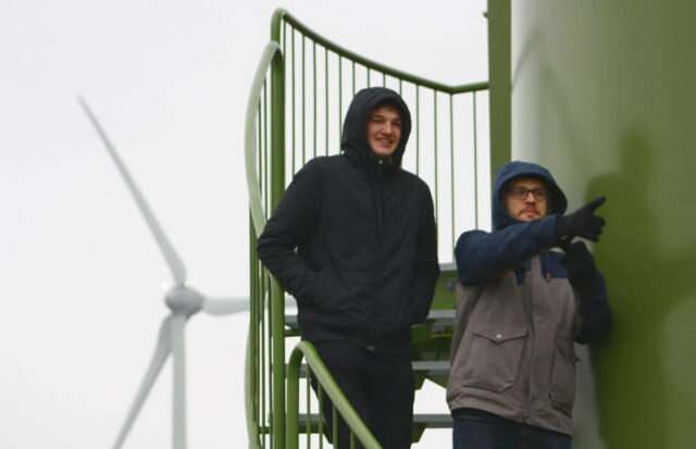 Exkursion in den Windpark mit unserem Praktikanten Noa